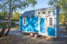 Dorota Szelągowska, Blog Doroty Szelągowskiej Tiny House Trailer, Tiny House On Wheels, Prefab Homes, Cabin Homes, Tiny Mobile House, Mobile Homes, Huge Houses, Tiny Houses, Tiny Container House