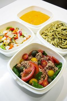 Cobb Salad, Diet Recipes, Meal Prep, Lunch Box, Yummy Food, Barcelona, Health, Weights, Health And Fitness