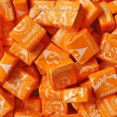 Peach Guava Starburst. #Peach #Starburst #Orange Rainbow Aesthetic, Orange Aesthetic, Orange Zest, Orange Color, Starburst Candy, Jelly Belly Beans, Orange Candy, Candy Brands, Orange You Glad