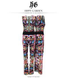 FLORAL KALEIDOSCOPE JUMPSUIT   Dani su sve topliji i veseliji. Ultraženstveni kroj i koloristički print  osvježen natur futurizmom čini ovaj  Hippy Garden kombinezon savršenim  ljetnim komadom odjeće  koji osvaja sve malo odvažnije fashionistice! http://www.hippygarden.net/en_US/product/floral-kaleidoscope-jumpsuit/ Hippy Garden Showroom Masarykova 5 #hippygarden #design #flower #spring #color #jumpsuit #kaleidscope