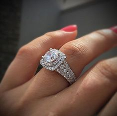 Most gorgeous finest rings #haloweddingrings Round Solitaire Engagement Ring, Dream Engagement Rings, Halo Engagement Rings, Vintage Engagement Rings, Solitaire Rings, Halo Rings, Wedding Engagement, Wedding Bands, Stone Rings