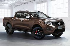 Nissan Navara Double Cab Photos and Specs. Photo: Nissan Navara Double Cab models and 26 perfect photos of Nissan Navara Double Cab Toyota 4x4, Toyota Hilux, Nissan Navara 2015, Nissan Xterra, Dodge, Nissan Frontier, R1200r, Interior Doors For Sale, Used Car Prices