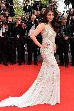 Aishwarya Rai #Cannes  via @Vogue Spain