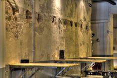 Marzua: DissenyaDos da forma a Garage Beer Co., una fábrica de cerveza artesanal instalada en un garaje Bar, Industrial, Painting, Shape, Craft Beer, Garage, Painting Art, Industrial Music, Paintings