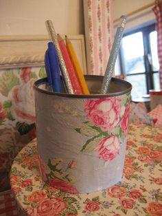 Decoupage pencil pot