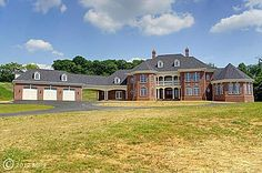 555 Kate Wagner Rd, Westminster, MD 21157