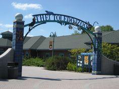 The Toledo Zoo Entrance