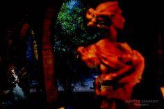 Algunas de nuestras mejores fotos de postboda realizadas en barcelona. Sesiones de potboda en BArcelona. Ideas de fotos de novias en barcelona. Novias en barcelona. Fotos de boda en Barcelona. Bodas barcelona. Fotografos profesionales de fotos de Bodas en Barcelona.