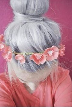 cute hair style with flower crown (: