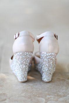 Σαν τη Ντόροθι στον κόσμο του Οζ! Καλλιτεχνικά προσκλητήρια γάμου σε ροζ αποχρώσεις - http://www.lovetale.gr/wedding/wedding-invitations/artistical?atr_color=51