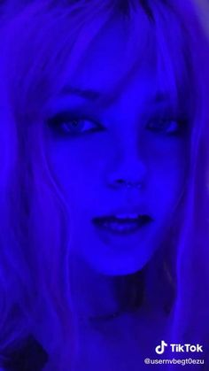 Aesthetic Gif, Aesthetic Movies, Maleficent Makeup, Couple Romance, Demon Girl, Grunge Hair, Pretty People, Hair Color, Skating