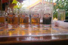 #Kona braut die ganze Range von hellem bis dunklem #Bier; von würzigen bis gerösteten Noten findet jeder ein Bier nach seinem Geschmack. Kona gibt es überall auf #Hawaii und auch in den #USA. Schweizer Fans von Kona und diejenigen, die dieses feine #CraftBier mit Wurzeln in Hawaii entdecken wollen, können sich freuen: jetzt gibt es Kona auch in der #Schweiz! Erhältlich ist es bei #Coop und in ausgewählten #Bars, #Restaurants und #Pubs. #bigisland #bigwave #longboard #surfing #SUP #drink… Kona Brewing, Brewing Co, Kona Island, Craft Bier, Hawaii, Pint Glass, Restaurants, Beer, Mugs