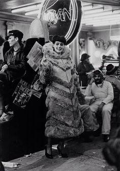 Blade Runner (1982) - Behind the scenes: Sean Young as Rachel