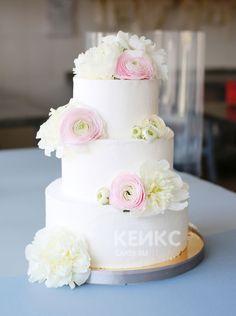Свадебный торт с цветами #свадебныйторт #тортназаказ #тортсвадебный
