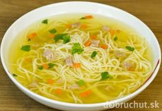 This crock-pot chicken noodle soup recipe may be the one that mother used to make, when you weren't feeling great. Lots of noodles with pieces of chicken, carrot, onion and celery. This is a very easy soup to prepare and make. Crock Pot Chicken, Crock Pot Soup, Slow Cooker Soup, Crock Pot Cooking, Yum Yum Chicken, Slow Cooker Recipes, Crockpot Recipes, Cooking Recipes, Veggie Noodle Soup