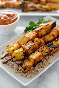 Grilled pineapple tofu skewers with spicy ginger mango BBQ sauce. Plus a tofu giveaway. Vegetarian Grilling, Grilling Recipes, Veggie Recipes, Cooking Recipes, Healthy Recipes, Recipes Dinner, Healthy Grilling, Dishes Recipes, Grilled Tofu Recipes