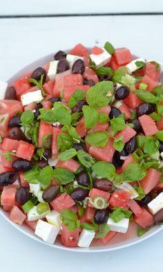 Roasted Zucchini Salad, Zucchini Curry, Ketogenic Recipes, Diet Recipes, Healthy Recipes, Feta, Guacamole Chicken, Basil Pesto Recipes, Veggie Pasta