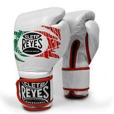 .-Guante de Boxeo de Velcro CLETO REYES Color Special Edt. - €220.00   https://soloartesmarciales.com    #ArtesMarciales #Taekwondo #Karate #Judo #Hapkido #jiujitsu #BJJ #Boxeo #Aikido #Sambo #MMA #Ninjutsu #Protec #Adidas #Daedo #Mizuno #Rudeboys #KrAvMaga #Venum