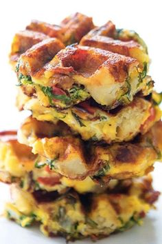 22 Things You Can Make in Your Waffle Iron - Waffles are God's gift to carb lovers everywhere, but there are tons of other foods you can make with your prized waffle iron! Such as this Waffles Fritta, as Fritaffles are the new Cronuts! Breakfast Dishes, Breakfast Recipes, Mexican Breakfast, Pancake Recipes, Breakfast Sandwiches, Breakfast Pizza, Breakfast Ideas, Plats Healthy, Waffle Maker Recipes