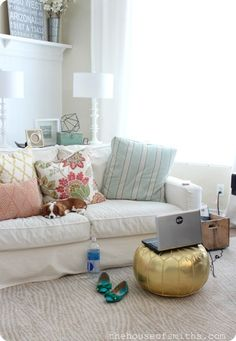 The House of Smiths - Home DIY Blog - Interior Decorating Blog - Decorating on a Budget Blog #living #room #ideas on a #budget