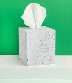 Faux concrete tissue box cover DIY via happymundane.com