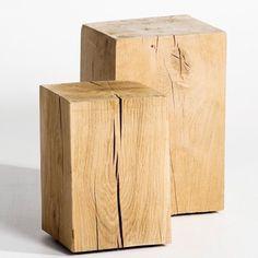 Tabouret bûche Merlin de AM PM en chêne massif qui fait aussi office de table d'appoint ou de chevet.  99 €