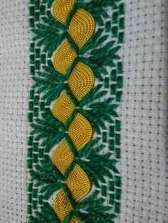 Swedish Embroidery, Hand Embroidery Designs, Embroidery Applique, Cross Stitch Embroidery, Embroidery Patterns, Loom Patterns, Swedish Weaving Patterns, Chicken Scratch Embroidery, Monks Cloth