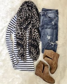 I thought I would share 20 of my recent flat lays here today for some major Fall outfit inspiration! Feel free to pin away and save. Casual Outfits, Cute Outfits, Fashion Outfits, Fashion Tips, Fashion Trends, Fashion Ideas, Fashion Quiz, Cheap Fashion, Work Fashion