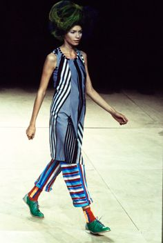 Comme des Garçons Spring 1996 Ready-to-Wear Fashion Show Collection