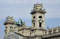 Budapest Bug Hungary, Fresco, Budapest, Notre Dame, Museum, Building, Design, Fresh, Buildings