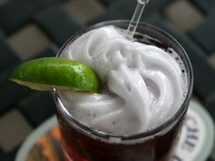 Cocktail Science: All About Foams