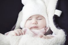 Are you and baby having sleepless nights as they toss and turn? Discover how the best humidifier for baby room / nursery would assist them sleep better Forest School Activities, Math Activities, Outdoor Activities, Convertible Stroller, Bunting Bag, Child Protective Services, Baby Cereal, Outdoor Baby, Cold Home Remedies