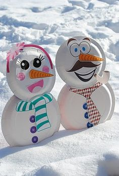 When you don't always have enough snow why not make a paper plate snowman/snowlady?