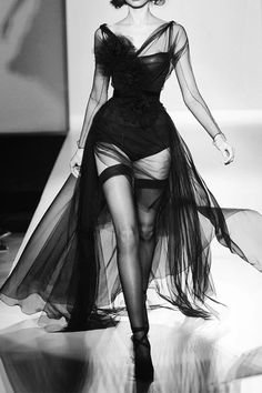 Sexy dress-ooh la la