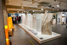 Porcelain marble look-alikes Pos Design, Stand Design, Retail Design, Tile Design, Bath Showroom, Showroom Design, Interior Decorating, Interior Design, New Homes
