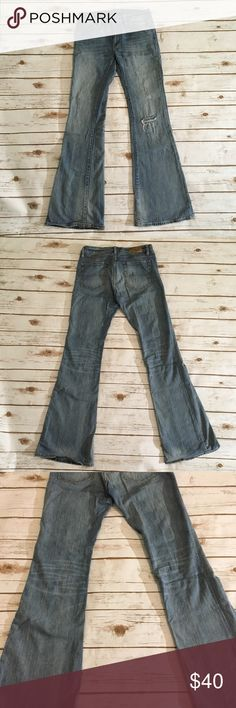 "Denim & Supply Ralph Lauren distressed jeans Ralph Lauren Denim & Supply distressed flare jeans 🌟Size- Women's 29 🌟Flat Measurements- 11.4"" waist 9"" rise 31"" inseam 10"" leg opening 🌟Material- 99% cotton 1% elastane  🌟Condition- Excellent! No unintentional flaws noted Denim & Supply Ralph Lauren Jeans Flare & Wide Leg"