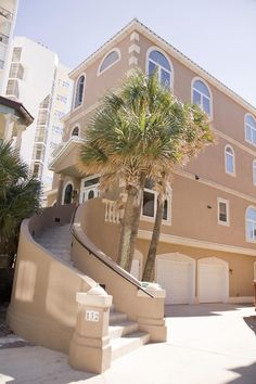Gulf Front 4-Story Beauty...A Must See!!... - VRBO