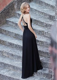 Elegant Chiffon Spaghetti Straps Neckline Full Length A-line Bridesmaid Dress