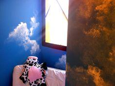 Pintura decorativa temática de nuvens. Quarto de menina. #nuvens #clouds