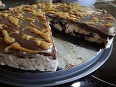 ΜΑΓΕΙΡΙΚΗ ΚΑΙ ΣΥΝΤΑΓΕΣ 2: Τούρτα oreo... Αμαρτία !! Cookbook Recipes, Sweets Recipes, Easy Desserts, Cake Recipes, Cooking Recipes, Greek Sweets, Quick Cake, Oreo Pops, Oreo Cake
