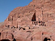 how to get to petra from israel