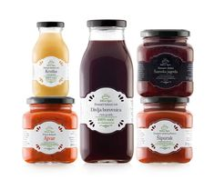 These labels really make me want whatever the heck is in those jars... Jam? Spaghetti Sauce? Idk but it looks good!!
