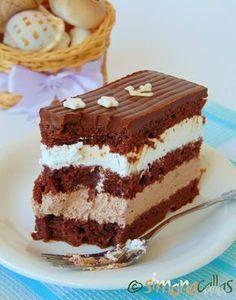 Prajitura Comandor cu ciocolata si frisca 4 Healthy Dessert Recipes, Vegan Desserts, Cake Recipes, Romanian Desserts, Romanian Food, Pastry Cake, Dessert Drinks, Ice Cream Recipes, Chocolate Recipes