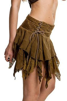Pointy steampunk skirt waist side ties Available in TWO SIZES - Side lacing allows waist and hip adjustments. Steampunk Rock, Steampunk Skirt, Fairy Skirt, Fairy Dress, Cool Outfits, Fashion Outfits, Womens Fashion, Fashion Trends, Fashion Edgy