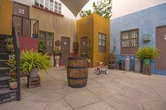 La Vecindad de El Chavo Del Ocho.