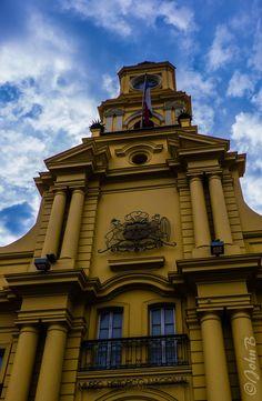 https://flic.kr/p/tbki9j   Plaza de Armas - Santiago - May 31 2015 3   Photo by John Bankson with a Fujifilm X-T1 camera and a Fujinon XF18-135mm F3.5-5.6 R LM OIS WR lens