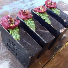 """@cleansewithbenefits's photo: """"Activated Charcoal Soap Bars #soap #charcoal #soapmaker #natural #vegan #vegansoap #autumn #sydney #australianmade #madeinaustralia #skincare"""""""