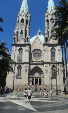 Praça da Sé, em foto de Rafael Teodoro
