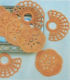 Arte Índia: Porta Copos e Porta Guardanapos em Crochê - Conjunto