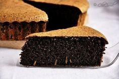 Fantastická pruhovaná torta so smotanovým syrom a kakaom! Raw Food Recipes, Snack Recipes, Dessert Recipes, Cooking Recipes, Raw Desserts, Lemon Desserts, Paleo Carrot Cake, Poppy Seed Cake, Sweet Pie